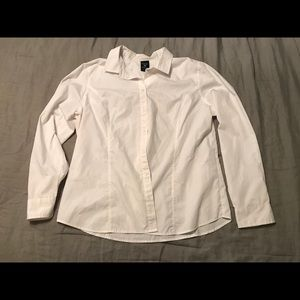Button up basic! White with no discoloration.